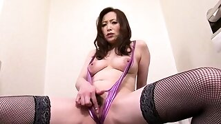 Miyama Ranko Does Her Concern In Lingerie